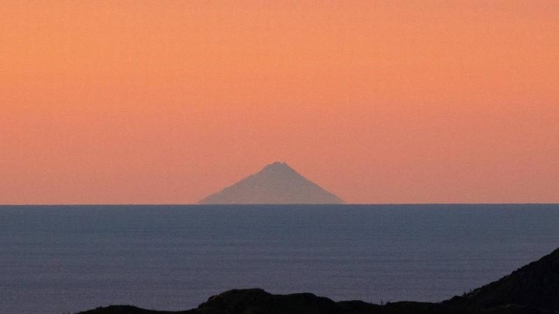 Mt-Taranaki-from-WLG-1.jpg#asset:8013