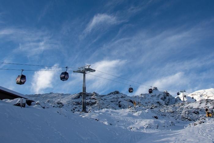 ski-1.jpg#asset:8215