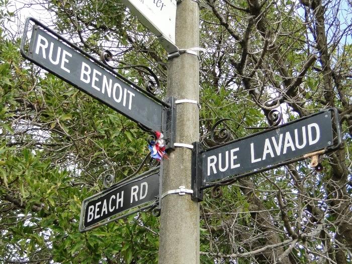 street-signs-1.jpg#asset:7959